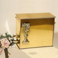 Gold iker kehely urna