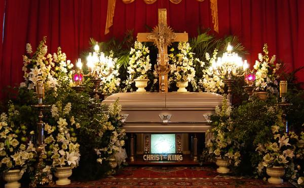 Koporsós temetés, ravatal